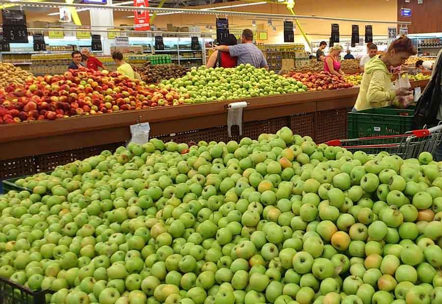 фото выкладка овощей и фруктов